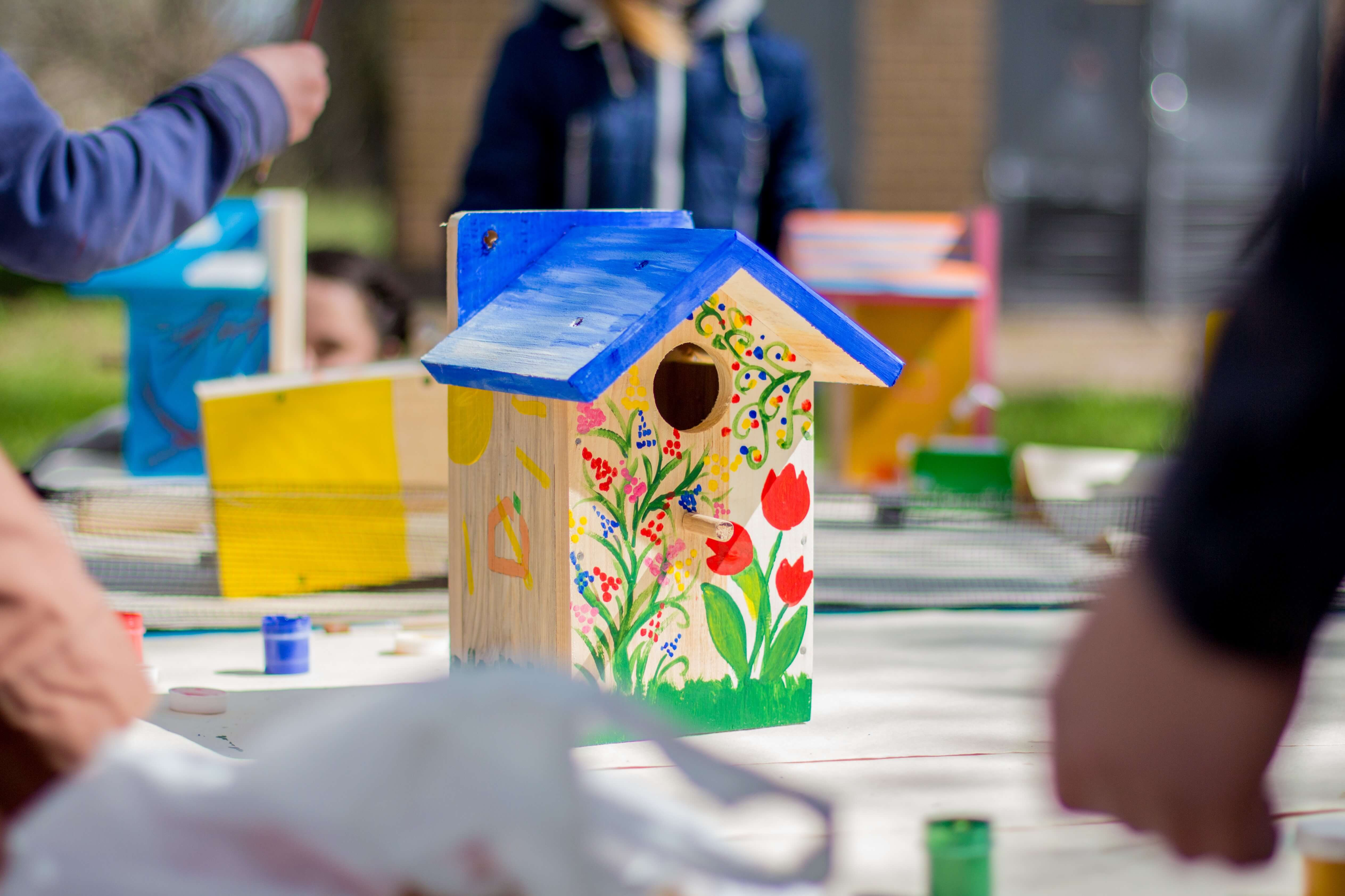 Build birdhouses out of wood or any other natural materials you can find to give small animals a home before summer arrives.